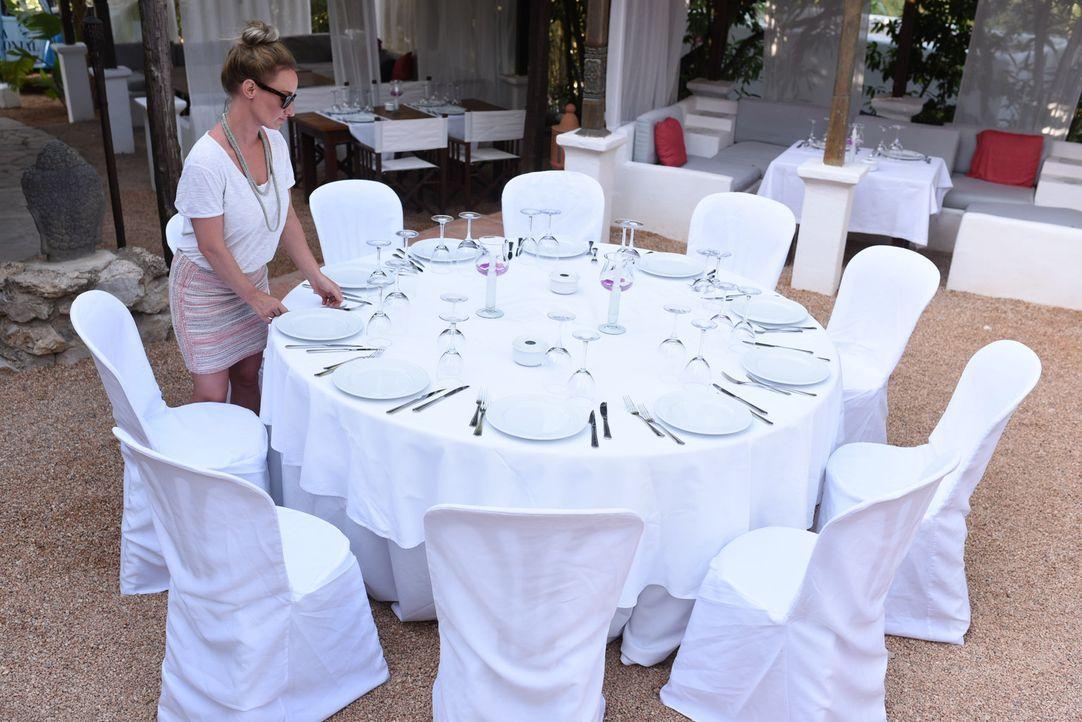Steht hinter dem Traum ihres Verlobten Jeean, auf Ibiza Fuß zu fassen: Melissa ... - Bildquelle: kabel eins