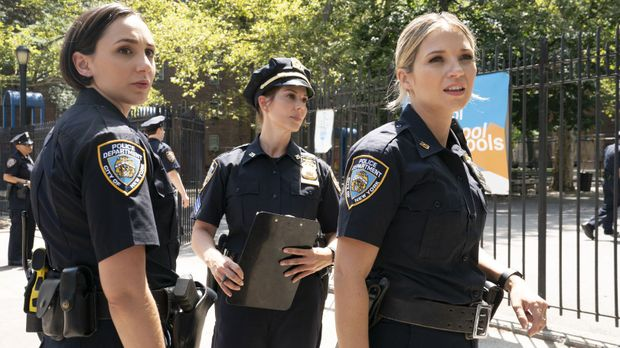 Blue Bloods - Blue Bloods - Staffel 10 Episode 3: Hinter Dem Lächeln