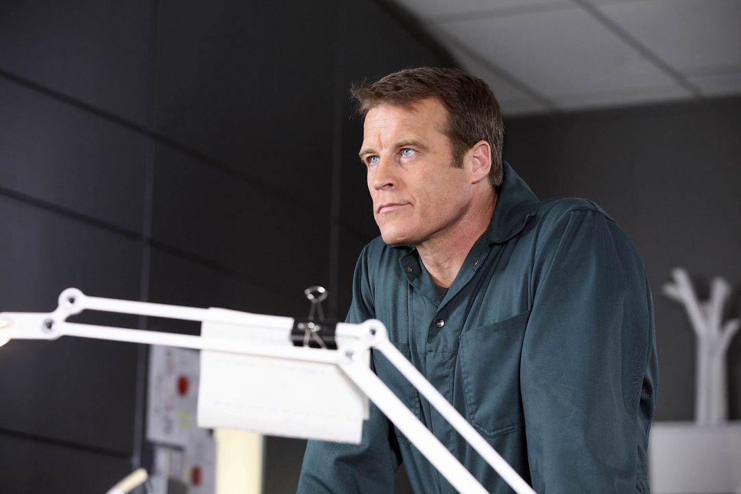 Ein neuer Auftrag wartet auf Christopher Chance (Mark Valley) ... - Bildquelle: Warner Brothers