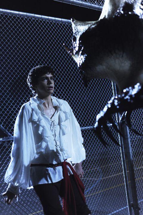 Im Visier hemmungsloser Aliens: Tyler (Joey Pollari) ... - Bildquelle: Disney