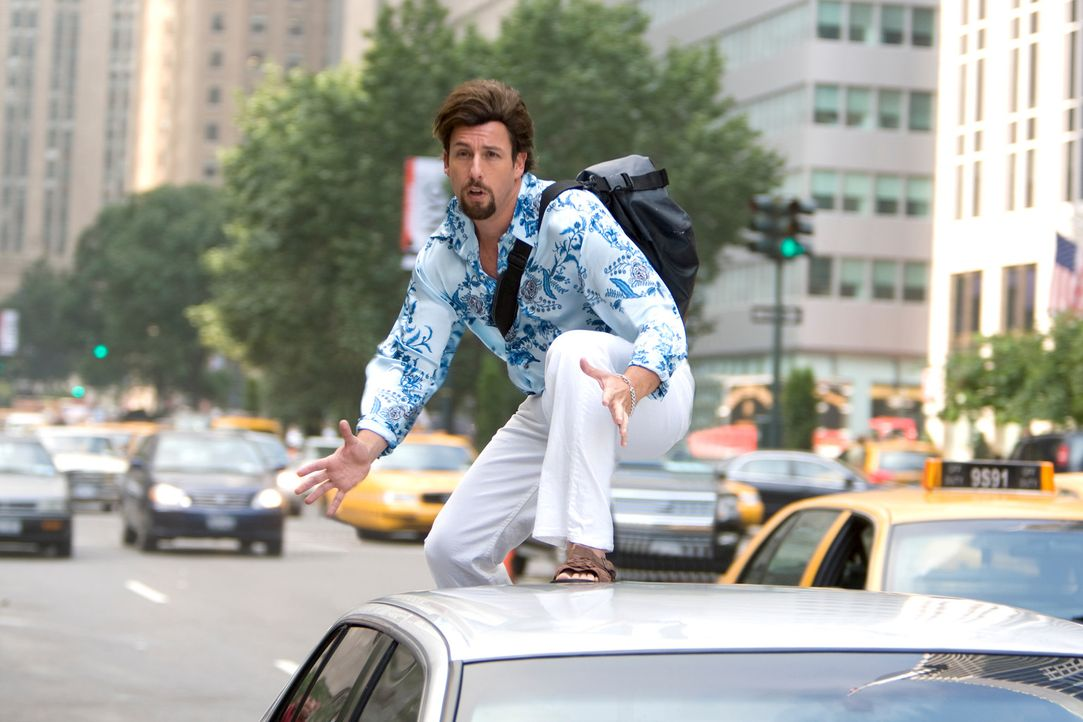 Schon bald muss Zohan (Adam Sandler) erkennen, dass man seiner Vergangenheit nicht entfliehen kann ... - Bildquelle: Tracy Bennett 2008 Columbia Pictures Industries, Inc. and Beverly Blvd LLC. All Rights Reserved.