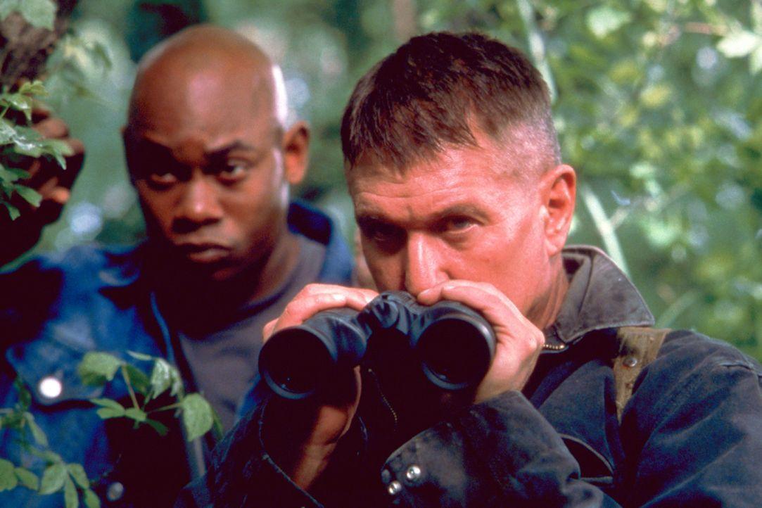 Müssen erkennen, dass eine Rückkehr nie geplant war: Cole (Bokeem Woodbine, l.) und Sergeant Thomas Beckett (Tom Berenger, r.) ... - Bildquelle: Columbia Pictures Corporation