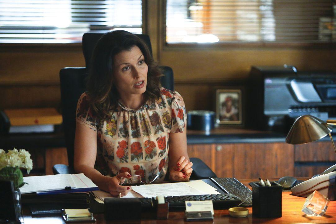 Als Danny sich in eine Ermittlung der Staatsanwaltschaft einmischt, wird er zum Schreibtischdienst verdonnert. Erin (Bridget Moynahan) geht der Sach... - Bildquelle: 2013 CBS Broadcasting Inc. All Rights Reserved.