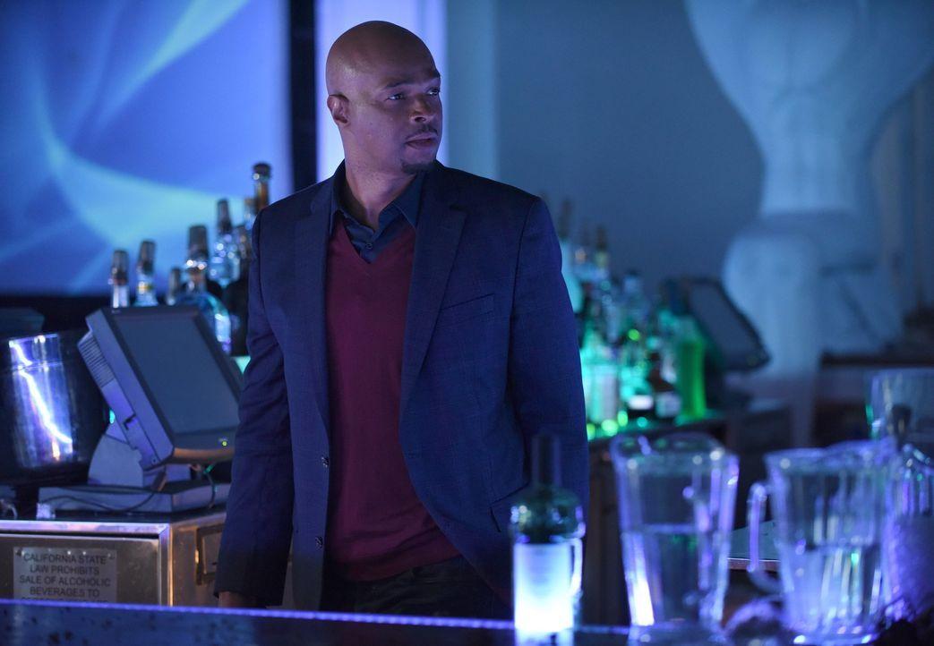 Kann Murtaugh (Damon Wayans) seine Undercover-Persona im aktuellen Fall wiederbeleben? - Bildquelle: Warner Brothers