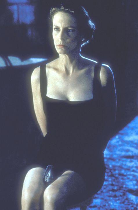 Als sich Harrys Frau Helen Tasker (Jamie Lee Curtis) nach mehr Abwechselung im Alltagstrott sehnt, wird sie prompt entführt ... - Bildquelle: 20th Century Fox Film Corporation