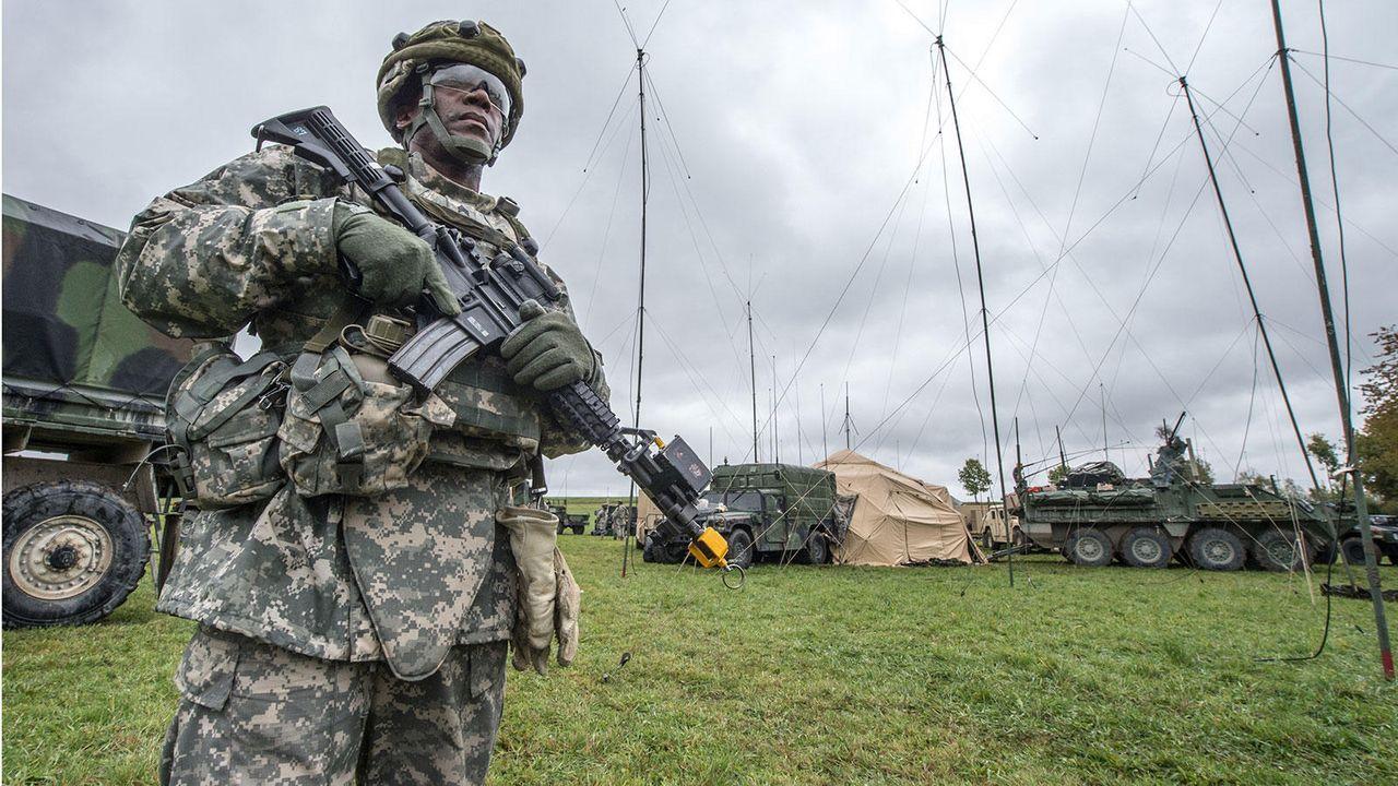 Soldat - Bildquelle: dpa