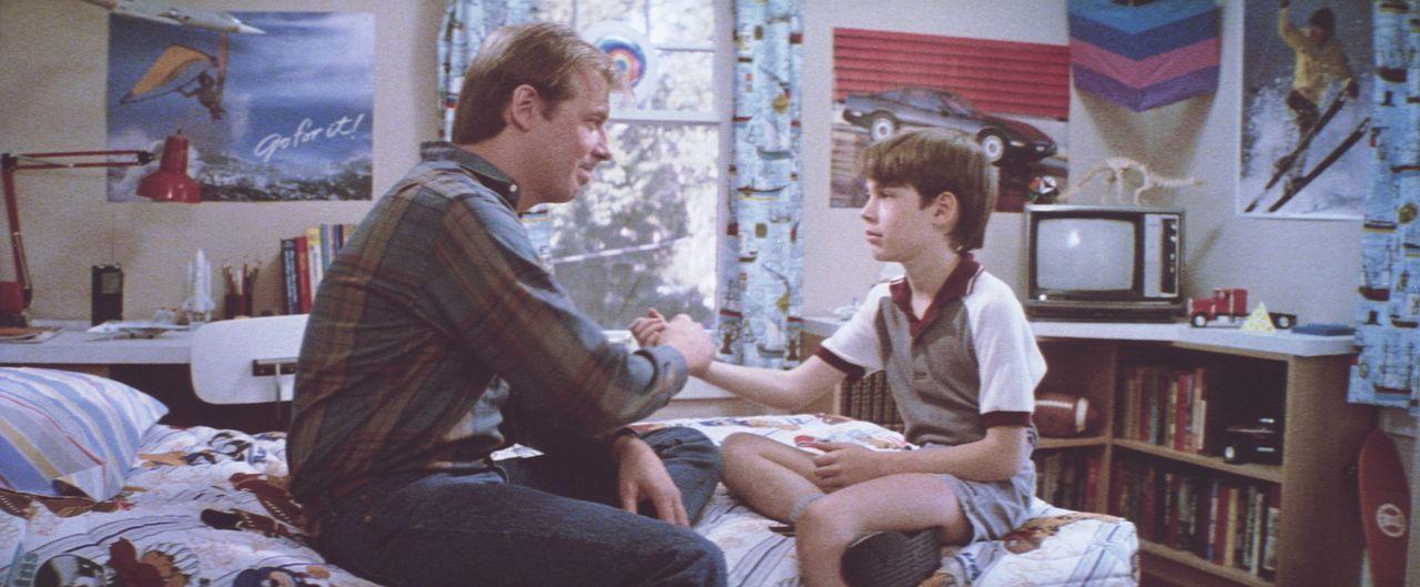 Andy (Michael McKean) ist mächtig stolz auf seinen Adoptivsohn Daryl (Barret Oliver), der ein kleines - und unglaublich nettes - Wunderkind zu sein... - Bildquelle: Paramount Pictures
