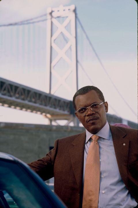 Nachdem Jessicas Eltern bei einem Autounfall ums Leben gekommen sind, übernimmt Polizeipräsident John Mills (Samuel L. Jackson) die Vormundschaft üb... - Bildquelle: Paramount Pictures