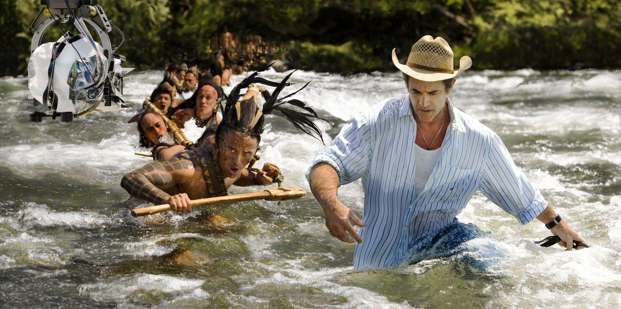 Regisseur Mel Gibson, r. - Bildquelle: Constantin Film