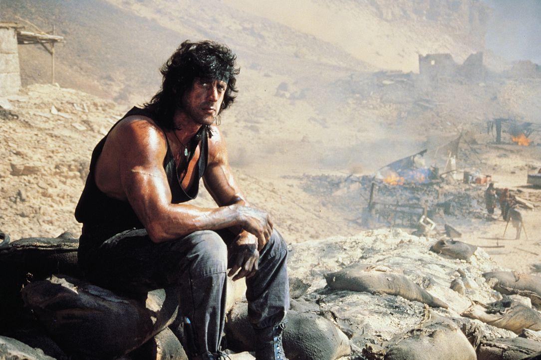 Setzt alles daran, seinen Freund, Colonel Trautman, aus den Fängen der Russen zu befreien: Rambo (Sylvester Stallone) ... - Bildquelle: 1988 STUDIOCANAL. All Rights Reserved.