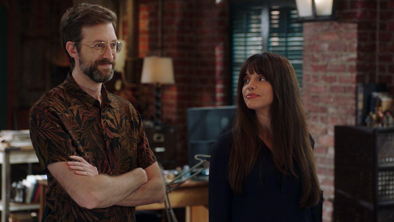 Sebastian Lund (Rob Kerkovich, l.); Tammy Gregorio (Vanessa Ferlito, r.) - Bildquelle: 2021 CBS Broadcasting Inc. All Rights Reserved.