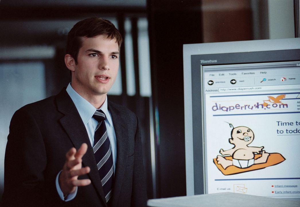 Zunächst feiert Oliver (Ashton Kutcher) große Erfolge mit seiner Firma, doch dann ist die Pleite nicht mehr aufzuhalten. Da erwachen seine romanti... - Bildquelle: Ben Glass & Demmie Todd Touchstone Pictures. All rights reserved