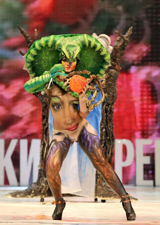 Festival-of-Beauty-(5)-14-02-22-SIPA-WENN-com - Bildquelle: SIPA/WENN.com