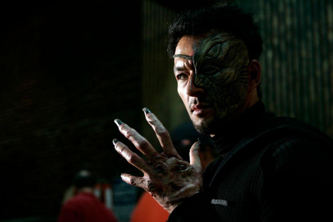 Dogon (Eric Steinberg) hat es auf Billie abgesehen ... - Bildquelle: Paramount Pictures