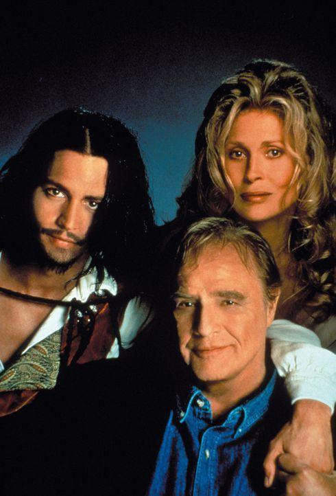Innerhalb von zehn Tagen versucht der Psychiater Jack Mickler (Marlon Brandon, vorne) den jungen Don Juan (Johnny Depp, l.) zu heilen, der fest davo... - Bildquelle: Warner Bros.