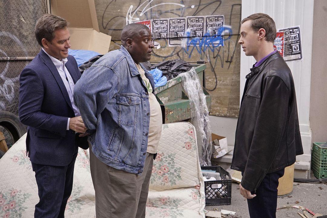 """Tony (Michael Weatherly, l.) und McGee (Sean Murray, r.) ermitteln in einem neuen Fall und stoßen dabei auf Francis 'Cheech' Del Conte (Billy """"Sly""""... - Bildquelle: Robert Voets CBS Television / Robert Voets"""
