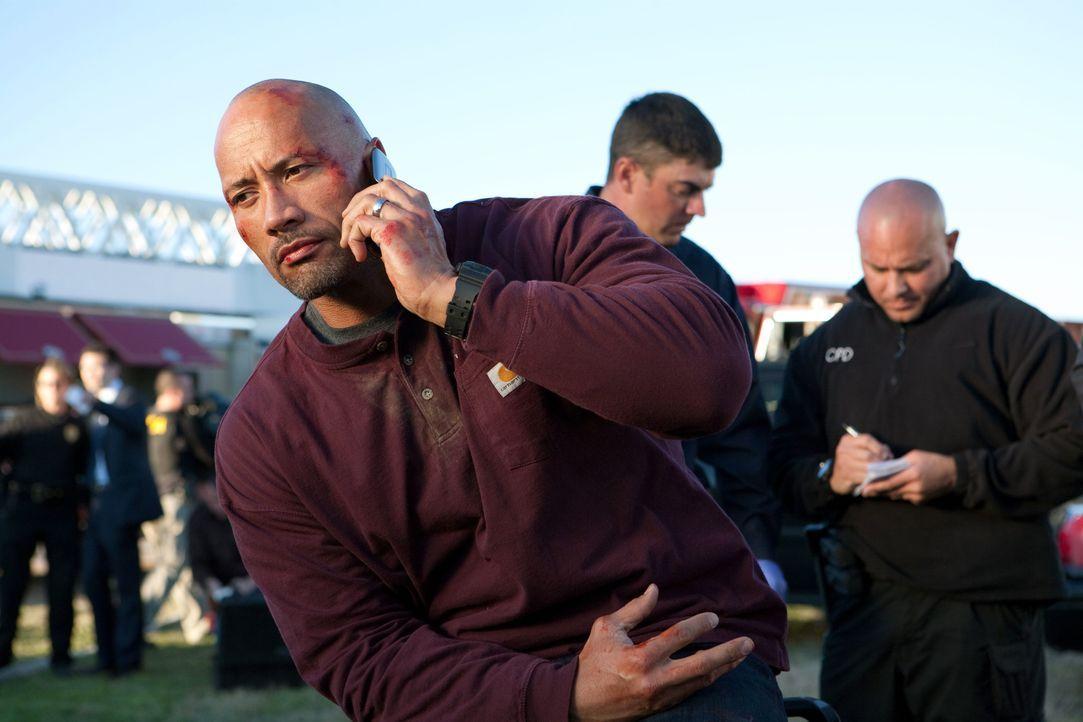 Riskiert sein Leben, um seinen Sohn aus dem Knast zu holen: Transportunternehmer John Matthews (Dwayne Johnson) ... - Bildquelle: TOBIS FILM