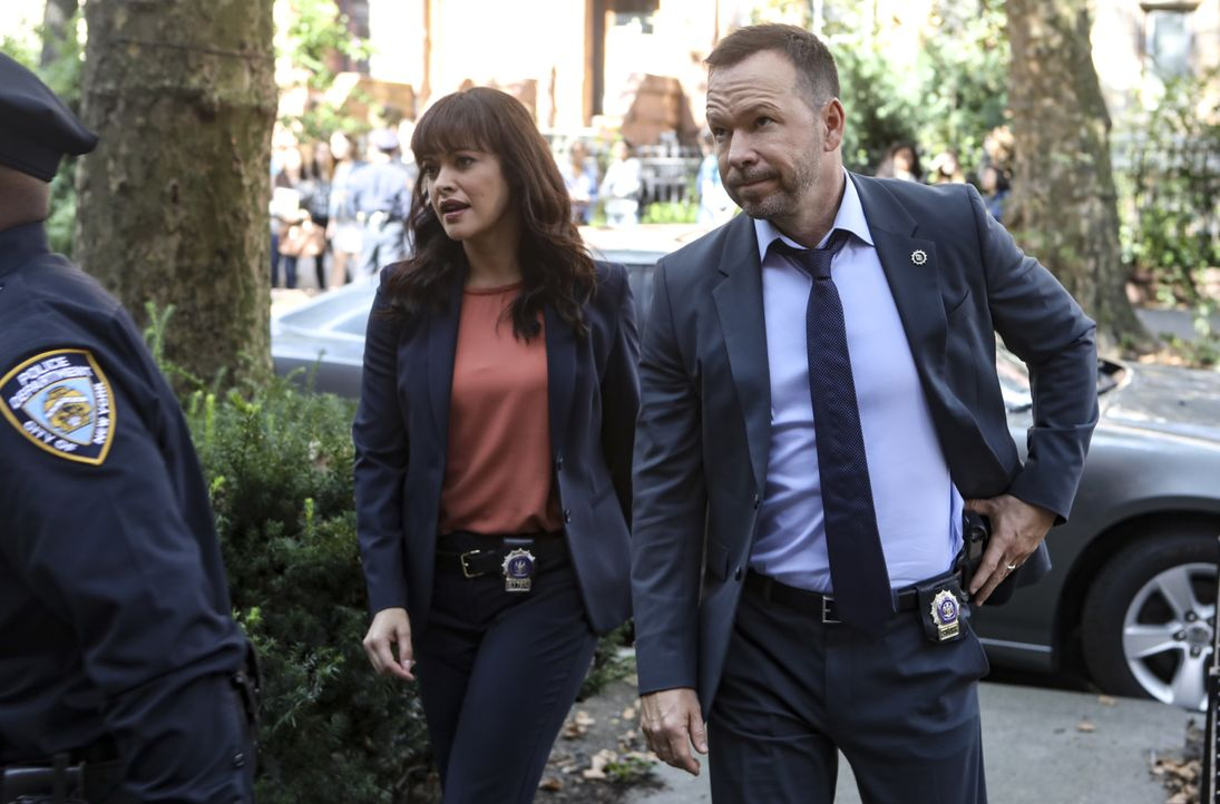 Maria Baez (Marisa Ramirez, l.); Danny Reagan (Donnie Wahlberg, r.) - Bildquelle: Craig Blankenhorn 2018 CBS Broadcasting, Inc. All Rights Reserved. / Craig Blankenhorn