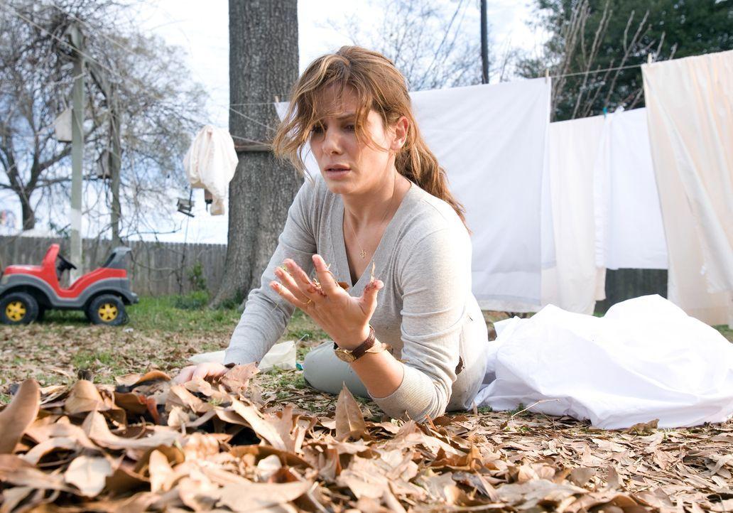 Immer wieder wird Linda (Sandra Bullock) von Bildern gequält, die ihr den Tod ihres Mannes ankündigen. Da erfährt sie, dass ihr Mann seine Lebensver... - Bildquelle: KINOWELT FILMVERLEIH GMBH