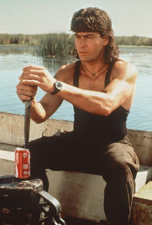 In allen Lebenslagen ein echter Kerl: Topper Harley (Charlie Sheen) ... - Bildquelle: 20th Century Fox Film Corporation
