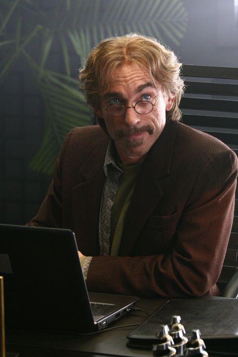 Bei seinem Auftragen wird Christopher Chance von mysteriösen Guerrero (Jackie Earle Haley) unterstützt ... - Bildquelle: Warner Bros.