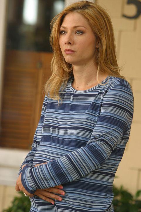 Amber Frey (Tracy Middendorf) hat eine Affäre mit dem verheirateten Scott Peterson. Steckt sie hinter dem Verschwinden seiner schwangeren Ehefrau L... - Bildquelle: 2004 Sony Pictures Television Inc. All Rights Reserved.