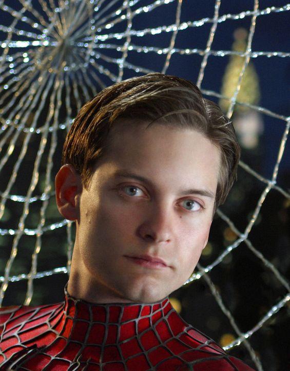 Peter Parker (Tobey Maguire) ist in einer Zwickmühle: Soll er das Dasein als Spider-Man an den Nagel hängen und sich seinem privaten Glück widmen... - Bildquelle: Sony Pictures Television International. All Rights Reserved.