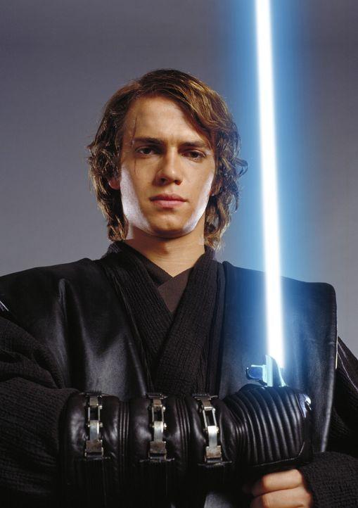 Der junge, talentierte und machthungrige Jedi Anakin Skywalker (Hayden Christensen) ist hin- und hergerissen, weil er nicht weiß, wem er sein Vertra... - Bildquelle: Lucasfilm Ltd. & TM. All Rights Reserved.