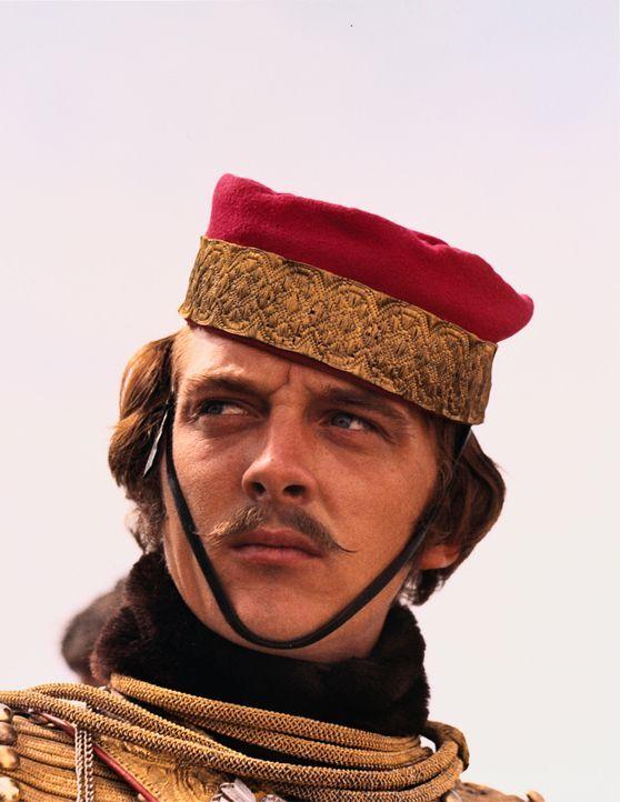 Der junge Offizier Louis Edward Nolan (David Hemmings), der gerade vom Dienst in Indien zurückgekommen ist, gerät schnell in Konflikt mit dem desp... - Bildquelle: 1968 WOODFALL AMERICA, INC. All Rights Reserved.
