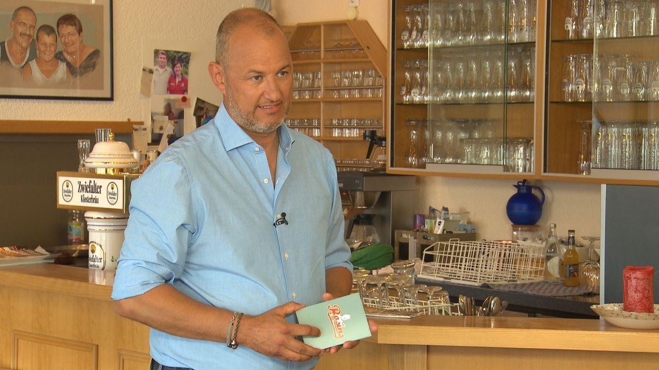 """Sternekoch Frank Rosin wird auf die Schwäbische Alb ins beschauliche Burladingen gerufen. Dort soll er das Gasthaus """"Kleineschle"""" und deren Besitzer... - Bildquelle: kabel eins"""