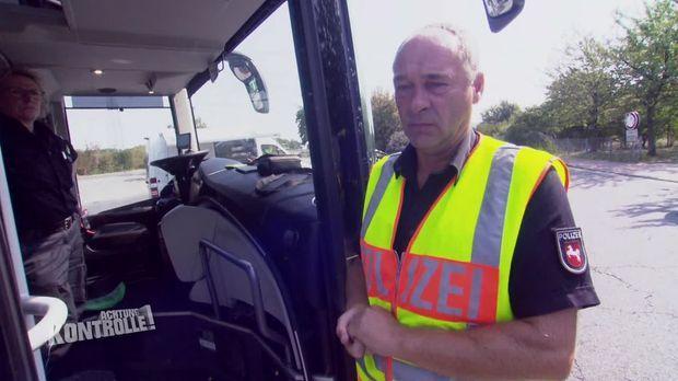 Achtung Kontrolle - Achtung Kontrolle! - Thema U.a.: Reisende Aus Holland - Reise- Und Buskontrolle