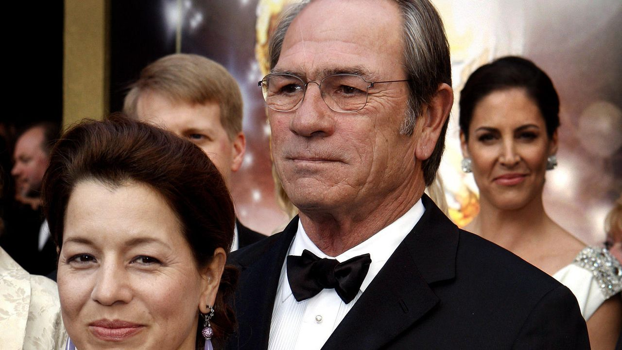 Tommy Lee Jones - Bildquelle: dpa
