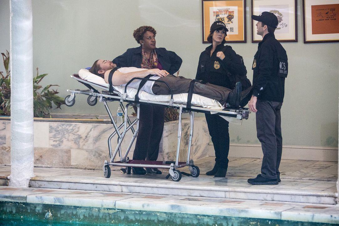 Als ein weiterer Toter gefunden wird, beginnt für Wade (CCH Pounder, l.), LaSalle (Lucas Black, r.) und Brody (Zoe McLellan, M.) ein Wettlauf mit de... - Bildquelle: Skip Bolen 2015 CBS Broadcasting, Inc. All Rights Reserved / Skip Bolen