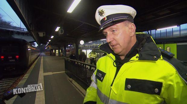 Achtung Kontrolle - Achtung Kontrolle! - Thema U.a.: Sechs Fahrgäste Ohne Dokumente - Bundespolizei Flensburg
