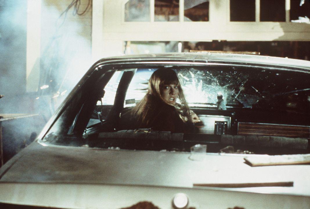 Glücklicherweise ahnt Clear (Ali Larter), dass sie die Nächste auf der Todesliste ist ... - Bildquelle: New Line Cinema