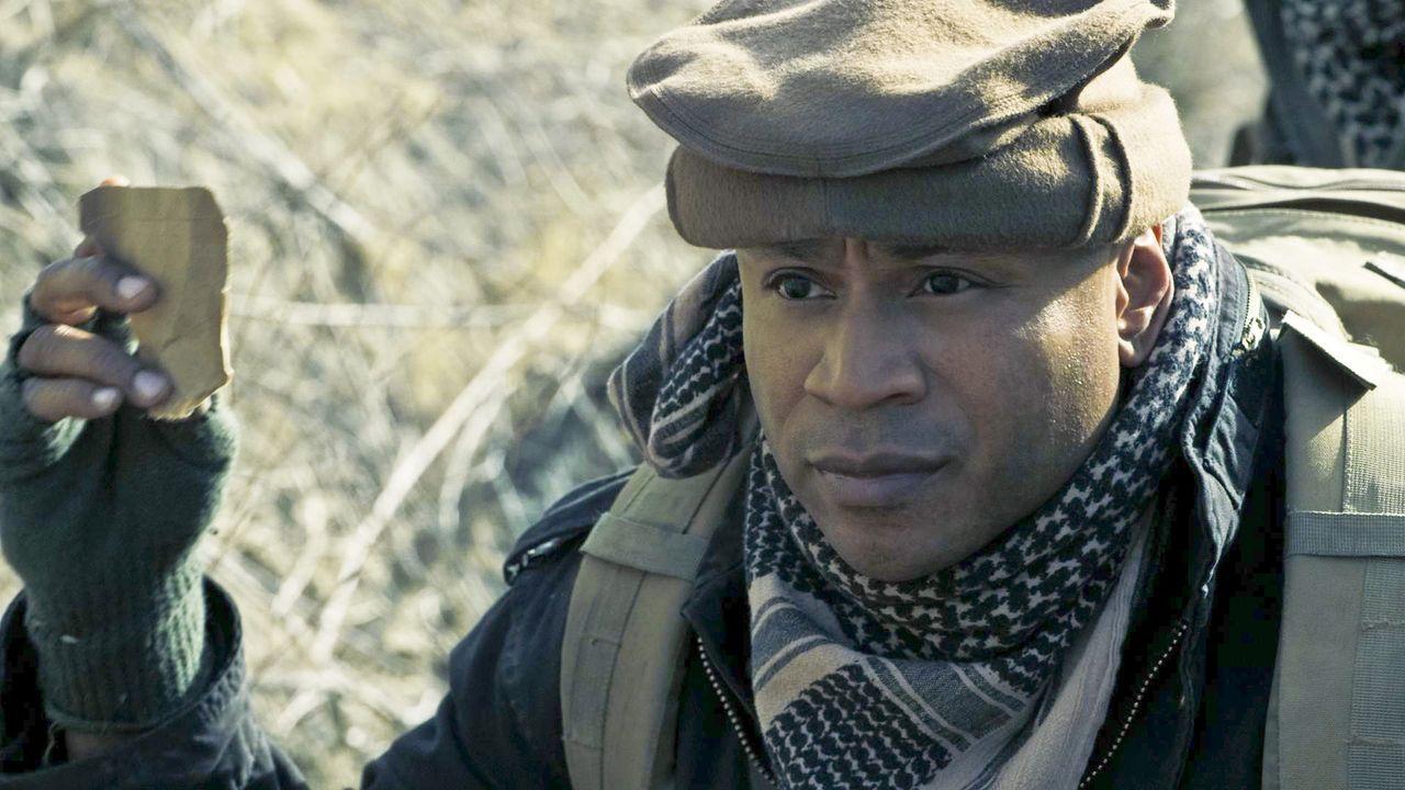 Wird es ihm gelingen, Kensi zu retten, die sich in der Gewalt der Taliban befindet? Sam (LL Cool J) auf einer seiner schwersten Missionen in Afghani... - Bildquelle: CBS Studios Inc. All Rights Reserved.