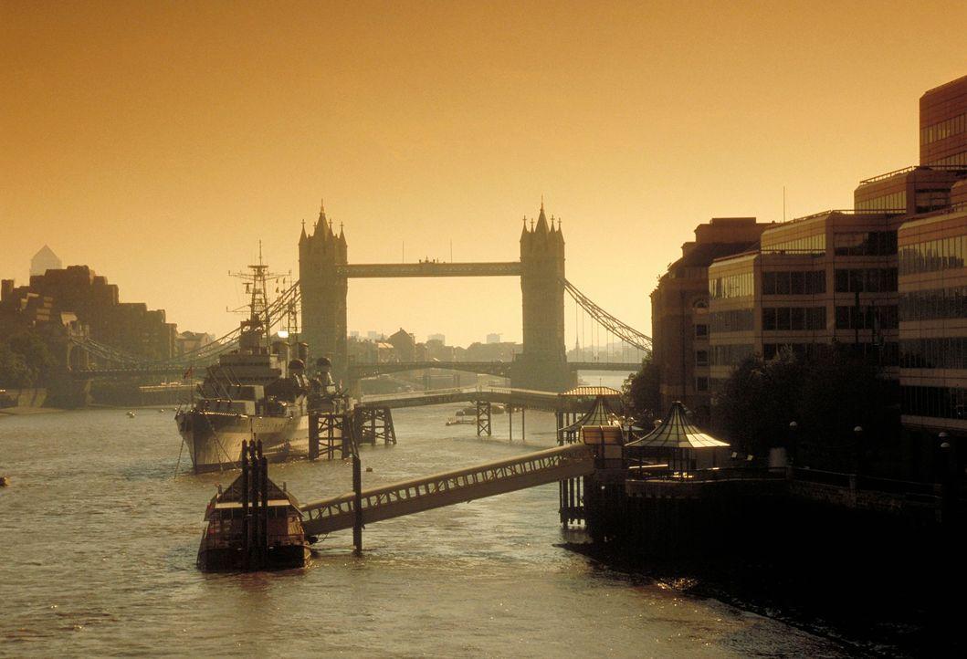 Die Towerbridge im Abendlicht - Bildquelle: www.britainonview.com/dpa/gms