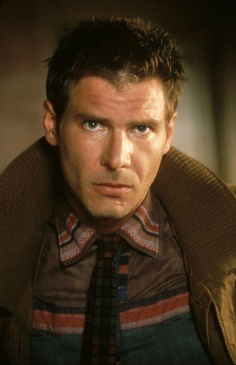 Los Angeles im Jahre 2019: Rick Deckard (Harrison Ford) ist als 'Blade Runner' auf der Jagd nach untergetauchten Replikenten ... - Bildquelle: Warner Bros.