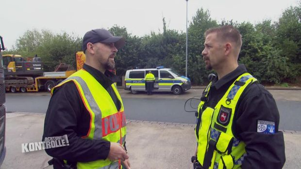 Achtung Kontrolle - Achtung Kontrolle! - Thema U. A.: Kaputte Bremse - Polizei Osnabrück
