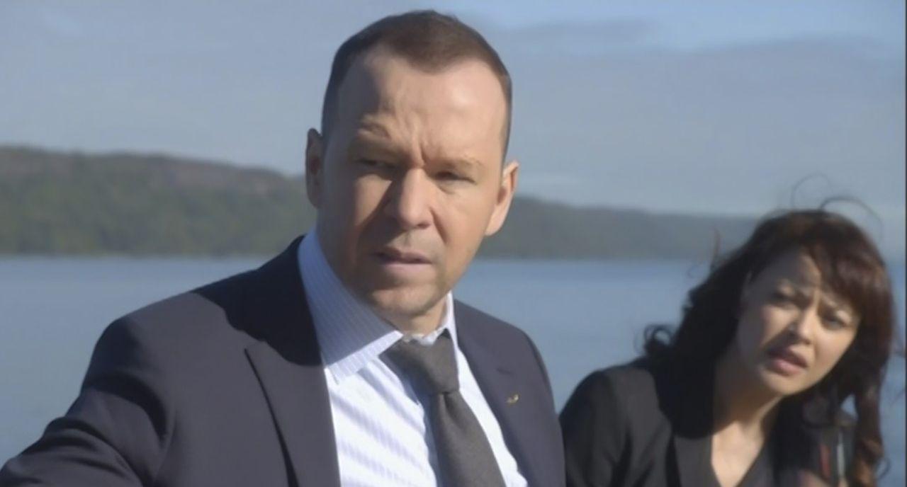 Danny (Donnie Wahlberg, l.) und seine Familie werden von einem kaltblütigen Serienkiller bedroht, der ihm bisher immer entkommen konnte. Gelingt es... - Bildquelle: 2015 CBS Broadcasting Inc. All Rights Reserved.