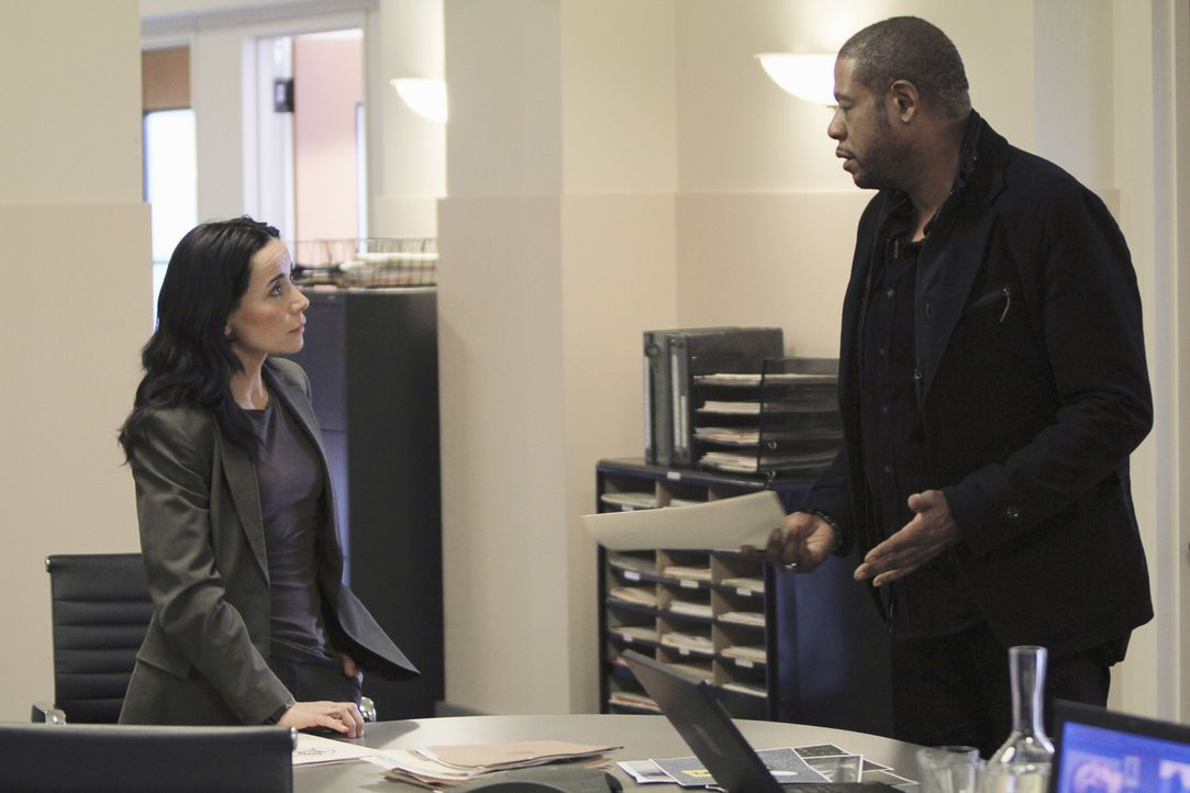 Gemeinsam mit Beth (Janeane Garofalo, l.) und dem restlichen Team, ermittelt Sam (Forest Whitaker, r.) in einem neuen Fall ... - Bildquelle: ABC Studios
