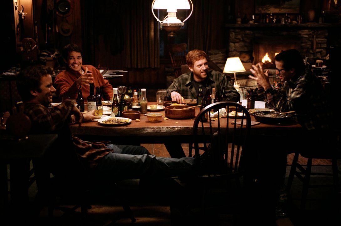 Vier gealterte Jugendfreunde aus Maine, (v.l.n.r.) Henry (Thomas Jane), Pete (Timothy Olyphant), Jonesy (Damian Lewis) und Beaver (Jason Lee), treff... - Bildquelle: Warner Bros.