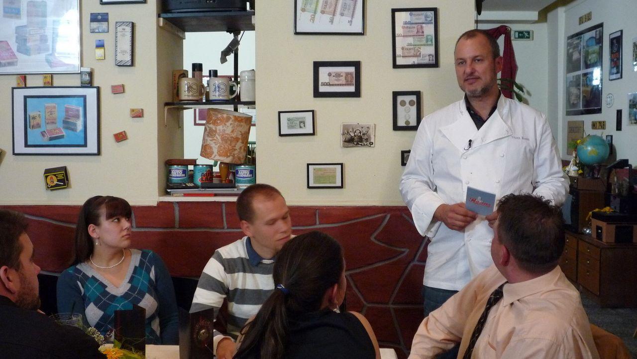 """Das Berliner Restaurant """"Osseria"""" hat zwar genug Gäste, aber dennoch bleibt am Monatsende kaum genug Geld, um die Belegschaft zu bezahlen. Frank Ros... - Bildquelle: kabel eins/ Imago TV"""