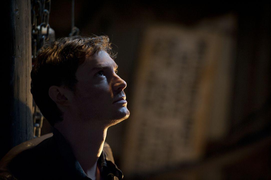 Während den Ermittlungen in einem Mordfall gerät Evan (Max Brown) selbst plötzlich in große Gefahr ... - Bildquelle: Brooke Palmer 2012 The CW Network, LLC. All rights reserved.
