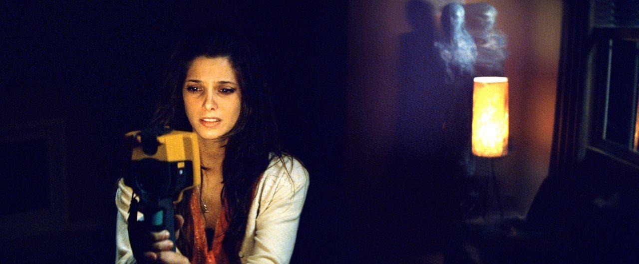 Noch ahnt Kelly (Ashley Greene) nicht, dass sie von einem Wesen verfolgt wird, das versehentlich bei einem parapsychologischen Experiment heraufbesc... - Bildquelle: 2012 Dark Castle Holdings, LLC.