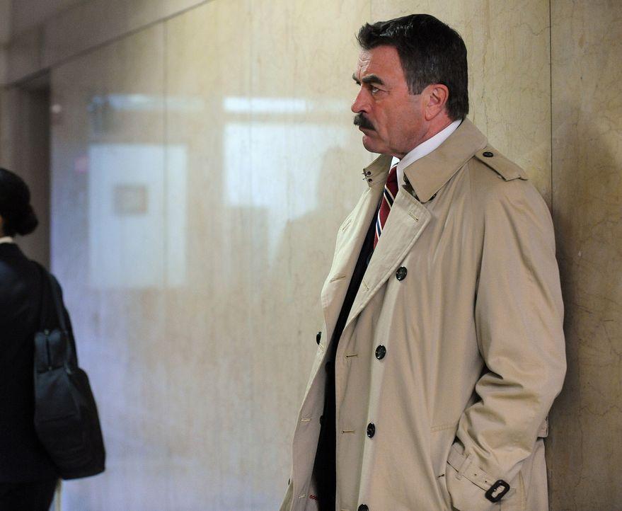 Ein 25 Jahre zurückliegender Fall beschäftigt Frank Reagan (Tom Selleck) und seine Kollegen ... - Bildquelle: 2010 CBS Broadcasting Inc. All Rights Reserved