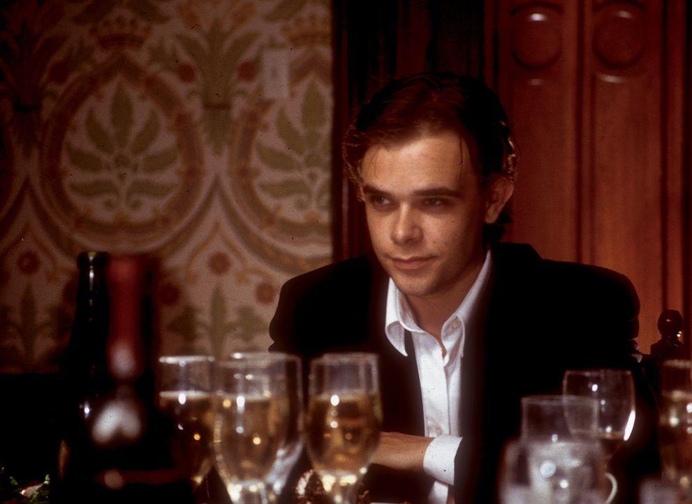 Christian Turner (Nick Stahl) ist konservativ und geradlinig. Von seinen Eltern erbt er ein abgelegenes Landhaus und dazu ein Vermögen, das ihn fü... - Bildquelle: CPT Holdings, Inc.  All Rights Reserved.