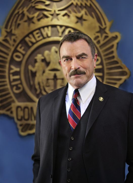 (1. Staffel) - Frank Reagan (Tom Selleck) tritt in die Fußstapfen seines Vaters und wird Chef des New York City Police Department. Auch seine Kinder... - Bildquelle: 2010 CBS Broadcasting Inc. All Rights Reserved