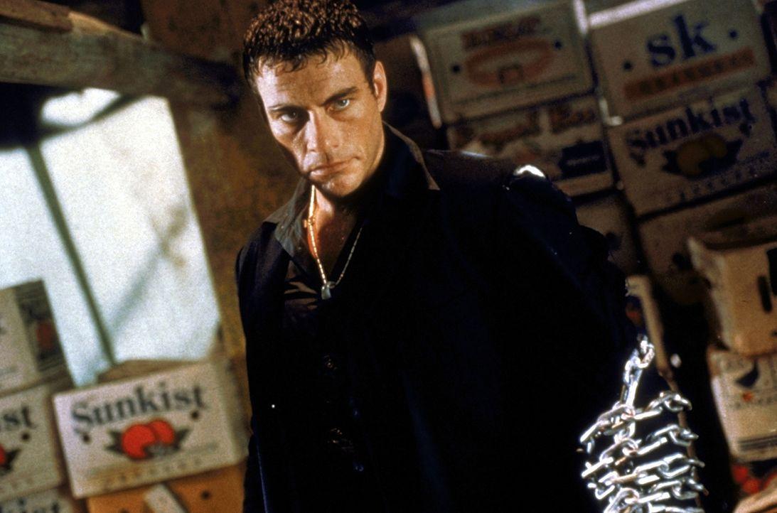 Ein mörderischer Kampf entbrennt: Marcus Ray (Jean-Claude van Damme) ... - Bildquelle: TriStar Pictures