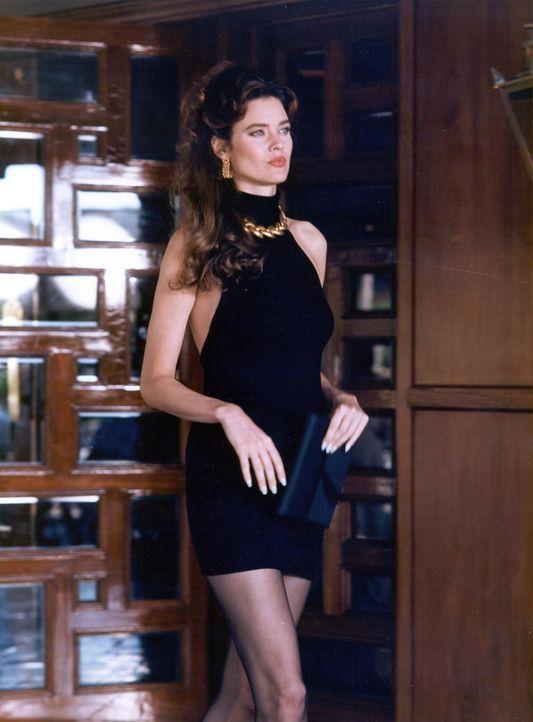 Veronica Flame (Carol Alt) - Bildquelle: Tobis Film